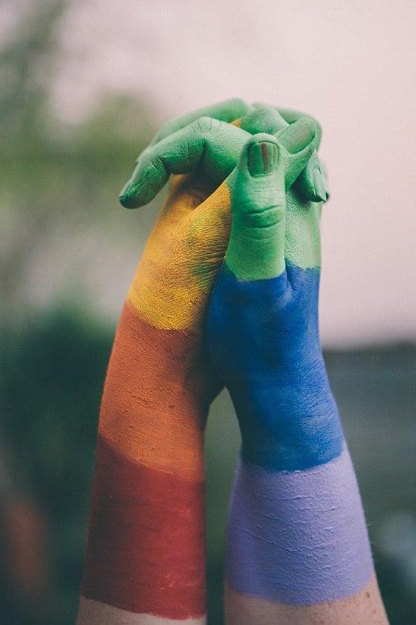 Manos Pintadas Arco Iris Orgullo